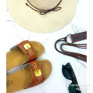 Dr. Scholl's slide sandals tan 8 1/2